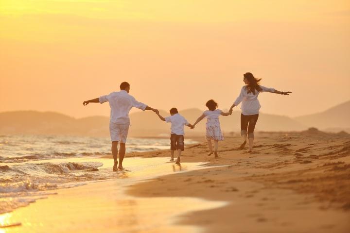 familyvacation-743409-edited